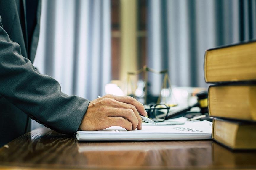 Choisir votre structure juridique- Choisissez une structure juridique adaptée à vos intérêts -- Illustration C.G.P.A.S OFFICE accompagnement d'entreprises - gestion de la paie - formation - Gonesse - Ile-de-France